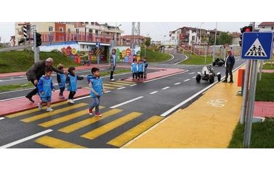 Çocuklar İçin Trafik Bilinci Eğitim Videosu